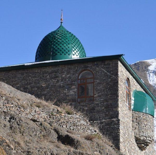 С. Мюхрек, мечеть и дом 18 в