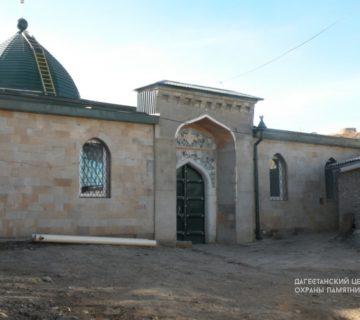 Джума мечеть VIII в. с. Кумух
