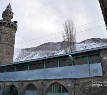 Джума-мечеть с минаретом с. Тпиг