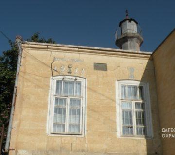 Джума мечеть с минаретом с. Леваши