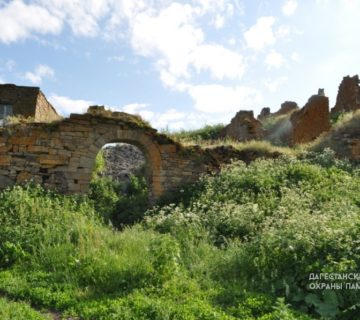 Амузгинские крепостные ворота